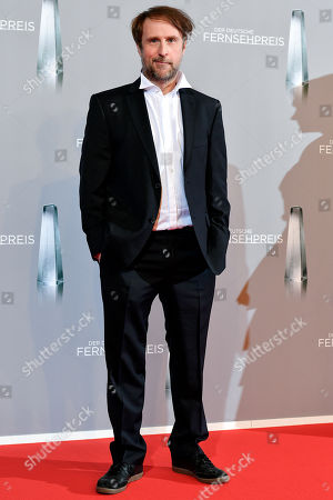 Bjarne Maedel arrives for the prize-giving ceremony of the 20th German Television Award in Duesseldorf, Germany 31 January 2019. The Deutscher Fernsehpreis is awarded for television programming by four German TV channels annually.
