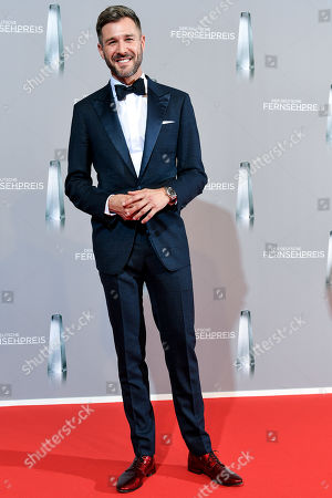 German actor and TV presenter Jochen Schropp arrives for the prize-giving ceremony of the 20th German Television Award in Duesseldorf, Germany 31 January 2019. The Deutscher Fernsehpreis is awarded for television programming by four German TV channels annually.