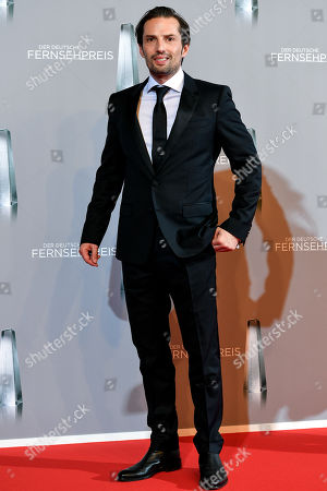 Quirin Berg arrives for the prize-giving ceremony of the 20th German Television Award in Duesseldorf, Germany 31 January 2019. The Deutscher Fernsehpreis is awarded for television programming by four German TV channels annually.