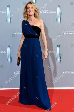 Maria Furtwangler arrives for the prize-giving ceremony of the 20th German Television Award in Duesseldorf, Germany 31 January 2019. The Deutscher Fernsehpreis is awarded for television programming by four German TV channels annually.