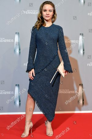 Sonja Gerhardt arrives for the prize-giving ceremony of the 20th German Television Award in Duesseldorf, Germany 31 January 2019. The Deutscher Fernsehpreis is awarded for television programming by four German TV channels annually.