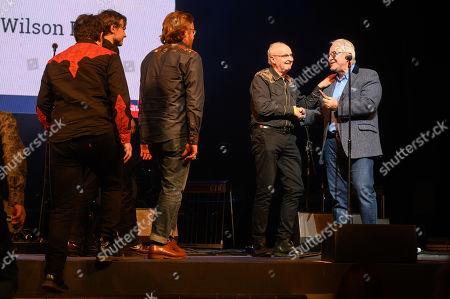 Bennett Wilson Poole - winner of the UK Artist of the Year award, presented by Nigel Elderton.