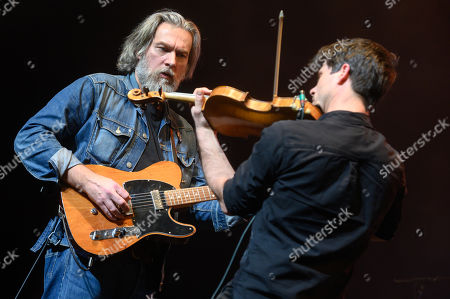 Stock Photo of Ethan Johns With The Black Eyed Dogs, with Seth Lakeman on violin.