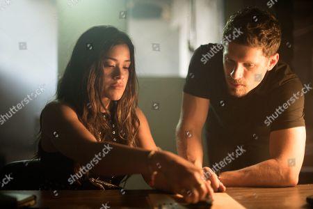 Gina Rodriguez as Gloria and Matt Lauria as Brian Reich