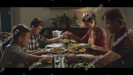 Shane Sorbo as Conner Harkens, Braeden Sorbo as Gus Harkens, Sam Sorbo as Katy Harkens and Kevin Sorbo as Dr. Sol Harkens