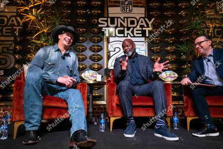 Jay Novacek, Emmitt Smith. Jay Novacek, left, and Emmitt Smith join moderator Ian Eagle, right, at DIRECTV NFL SUNDAY TICKET Lounge, in Atlanta