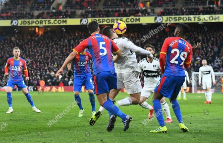 Aleksander Mitrovic of Fulham appears to be shoved in there back by James Tomkins of Crystal Palace at 1-0 but no penalty is given