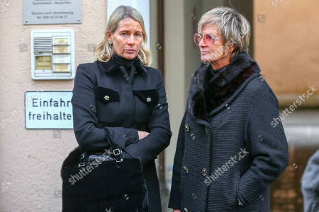 Princess Elisabeth of Auersperg-Breunner and Gloria von Thurn und Taxis
