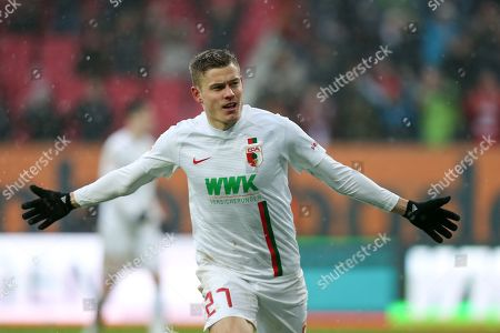 Alfred Finnbogason #27 (FC Augsburg)  3:0, FC Augsburg vs. 1. FSV Mainz 05, Football, 1.Bundesliga, 02.02.2019,