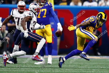 Los Angeles Rams wide receiver Josh Reynolds (R) is unable to make a catch as New England Patriots cornerback Jason McCourty (L) defends during the first half at Mercedes-Benz Stadium in Atlanta, Georgia, USA, 03 February 2019.