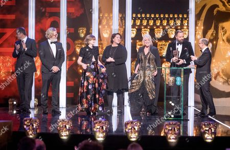 Exclusive - Yorgos Lanthimos, Ceci Dempsey, Ed Guiney, Lee Magiday, Deborah Davis and Tony McNamara - Outstanding British Film - 'The Favourite'