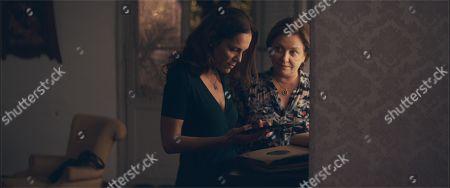 Ana Ivanova as Angy and Ana Brun as Chela