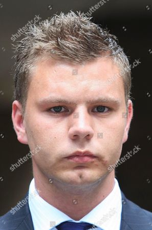 Editorial picture of PC Malcolm Searles leaving Southwark Crown court, London, Britain  - 22 Sep 2009