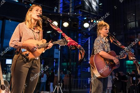 The British musician duo Sound of the Sirens with Abbe Martin and Hannah Wood live at the 25th Blue Balls Festival in Lucerne, Switzerland