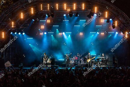 Die deutsche Pop und Rockband Silbermond live at the 27th Heitere Open Air in Zofingen, Aargau, Switzerland Stefanie Kloss, vocals Johannes Stolle, bass Thomas Stolle, guitar Andreas Nowak, drums