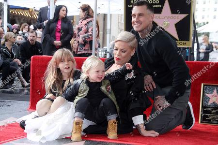 Willow Sage Hart, Jameson Hart, Pink and Carey Hart