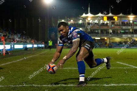 Semesa Rokoduguni of Bath Rugby scores his third try of the match