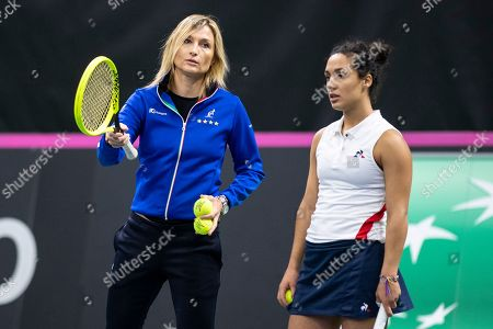 Stock Image of Player Martina Trevisan (R) and team captain Tathiana Garbin of Italy during a training session of the Italian Fed Cup team in Biel, Switzerland 06 February 2019. Italy will face Switzerland in a Fed Cup World Group II encounter on 09-10 February.