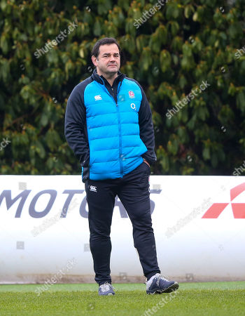 Will Carling  watches training