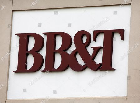 An exterior view of a BB&T bank branch in Rockwall, Texas, USA, 07 February 2019. Media reports on 07 February 2019 state SunTrust and BB&T banks are to merge in a 66 billion US dollar deal, creating a bank with 442 billion US dollar in assets. Both banks said the merger would enable them to save net costs of some 1.6 billion USD by 2022. BB&T chairman and chief executive Kelly King is to keep his title and position in the merged entity until 2021 when SunTrust chief William Rogers takes over as group chied executive.
