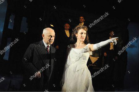 Nicholas Woodeson ( Inspector Goole ) Marianne Oldham ( Sheila )