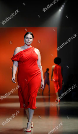 Models present creations by US designer Carly Cushnie for her label Cushnie during the New York Fashion Week, in New York, New York, 08 February 2019. The Fall-Winter 2019/20 collections are presented from 06 to 13 February.