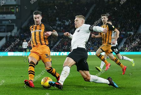 Martyn Waghorn of Derby County and Liam Ridgewell of Hull City