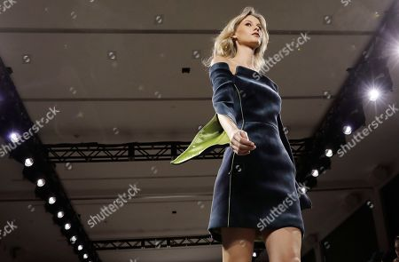 A model presents a creation by Chinese fashion designer Taoray Wang during New York Fashion Week in New York, New York, 09 February 2019. New York Fashion Week for designer's autumn and winter lines is being held from 06 to 13 February 2019.