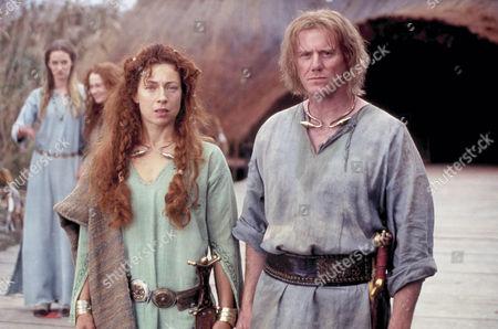 'Boudica' TV - 2003 - Alex Kingston as Boudica and Steve Waddington as Prasutagus.