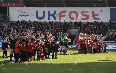 Salford Red Devils  and London Broncos hold a minute's applause in memory of Salford born actor Albert Finney