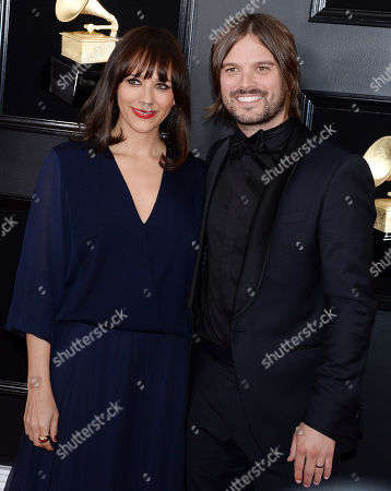 Rashida Jones, Alan Hicks