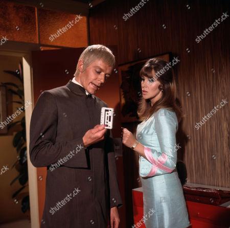 UFO - The Responsibility Seat - Ed Bishop and Jane Merrow