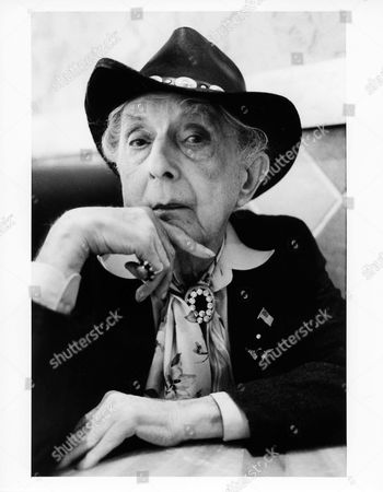 Quentin Crisp in his favourite diner on the Lower Eastside of New York City.