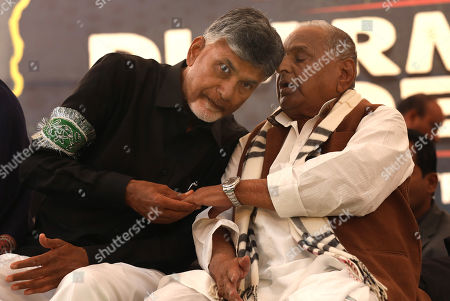 Andhra Pradesh Chief Minister N.Chandrababu Naidu (L) and Founder of the Samajwadi Party Mulayam Singh Yadav (R) present during a one day long fast of Naidu, in New Delhi, India, 11 February 2019. According to the news reports, Andhra Pradesh Chief Minister N.Chandrababu Naidu sitting on a day long fast to demand Indian Government to give special status to Andhra Pradesh state to revive its economy after seperate state of Telangana came into existence from Andhra Pradesh. Various opposition political parties leaders joined to support Naidu.