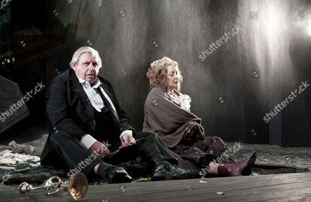 Stock Photo of David Roper (Arthur Birling), Sandra Duncan (Sybil Birling)
