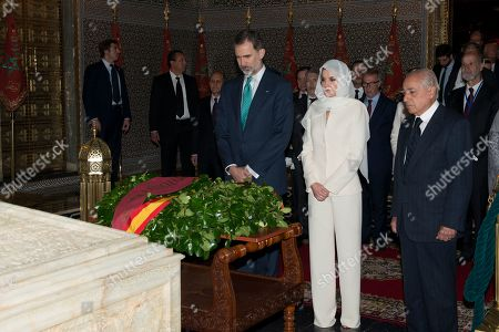 King Felipe VI (L) and and Queen Letizia visit the Mohamed V mausoleum in Rabat, Morocco, 14 February 2019. King Felipe VI is on a two-day official visit to Morocco.