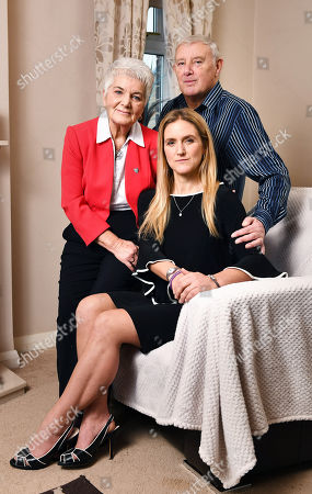 Gordon And Jean Leadbeater With Their Daughter Kim. - At Home With The Family Of Murdered Mp Jo Cox Roberttown West Yorkshire.