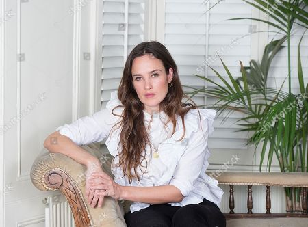 Jess Mills Photographed At Home In London. Jess Is The Daughter Of Tessa Jowell. For Frances Hardy Interview.nn.