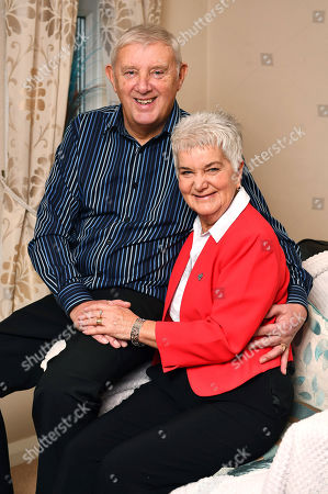 Gordon And Jean Leadbeater With Their Daughter Kim. - At Home With The Family Of Murdered MP Jo Cox Roberttown West Yorkshire18/1/18nfor Femail -.