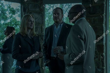 Laura Linney as Wendy Byrde and Darren Goldstein as Charles Wilkes