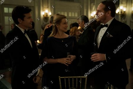 Jason Bateman as Martin 'Marty' Byrde, Laura Linney as Wendy Byrde and Darren Goldstein as Charles Wilkes