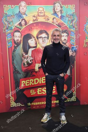 Sergio Dalma poses for the photographers during the premiere of the film 'Perdiendo el este' (Losing the east) in Madrid, Spain, 14 February 2019.