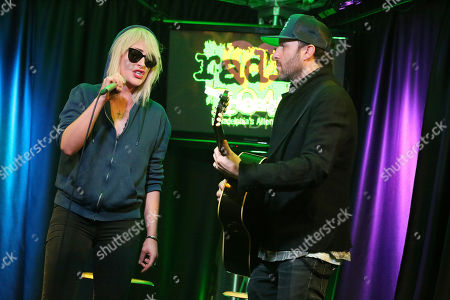 Metric - Emily Haines and James Shaw