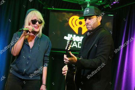 Stock Image of Metric - Emily Haines and James Shaw