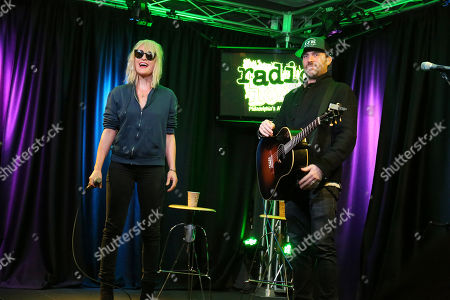 Stock Picture of Metric - Emily Haines and James Shaw