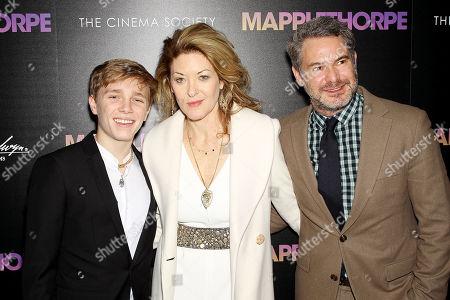 Ondi Timoner (Director) with Family