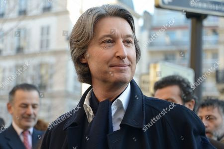 Jean-Charles Decaux, Chairman of the Executive Board and Co-CEO of JCDecaux. Anne Hidalgo, Mayor of Paris inaugurated on February 16, 2019 with Jean-Jacques Sempe, Jean-Charles Decaux, Chairman of the Executive Board and Co-CEO of JCDecaux, Christophe Girard, Deputy Culture, Pierre Aidenbaum, Mayor of the 3rd district of Paris and Francois Morel, a fresco by Jean-Jacques Sempe, one of the greatest French cartoonists, on a building of the 3rd district between boulevard des Filles du Calvaire and rue Froissart in Paris. This work was made possible thanks to the support of JCDecaux. 200 hours of work were necessary to the Parisian painter Jean-Marie Havan to make this drawing of 7 meters by 5. Paris, FRANCE - 16/02/2019//HARSIN_FRESQUESEMPE008/1902162252/Credit:ISA HARSIN/SIPA/1902162255
