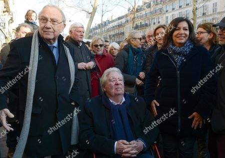 Anne Hidalgo, Mayor of Paris inaugurated on February 16, 2019 with Jean-Jacques Sempe, Jean-Charles Decaux, Chairman of the Executive Board and Co-CEO of JCDecaux, Christophe Girard, Deputy Culture, Pierre Aidenbaum, Mayor of the 3rd district of Paris and Francois Morel, a fresco by Jean-Jacques Sempe, one of the greatest French cartoonists, on a building of the 3rd district between boulevard des Filles du Calvaire and rue Froissart in Paris. This work was made possible thanks to the support of JCDecaux. 200 hours of work were necessary to the Parisian painter Jean-Marie Havan to make this drawing of 7 meters by 5. Paris, FRANCE - 16/02/2019//HARSIN_FRESQUESEMPE012/1902162253/Credit:ISA HARSIN/SIPA/1902162255