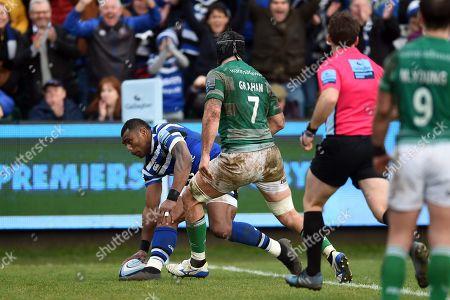 Semesa Rokoduguni of Bath Rugby scores a try in the first half