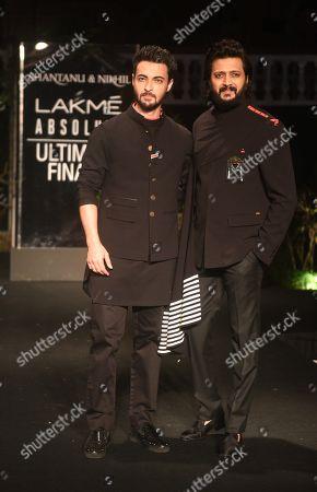 Stock Picture of Aayush Sharma and Ritesh Deshmukh on the catwalk